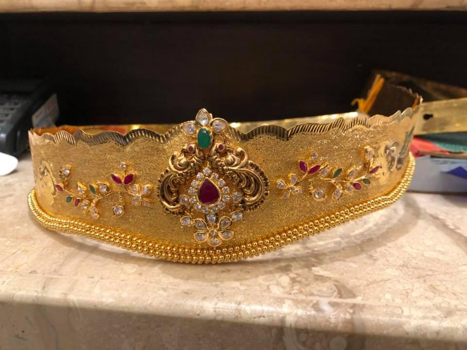 gold vadanam designs