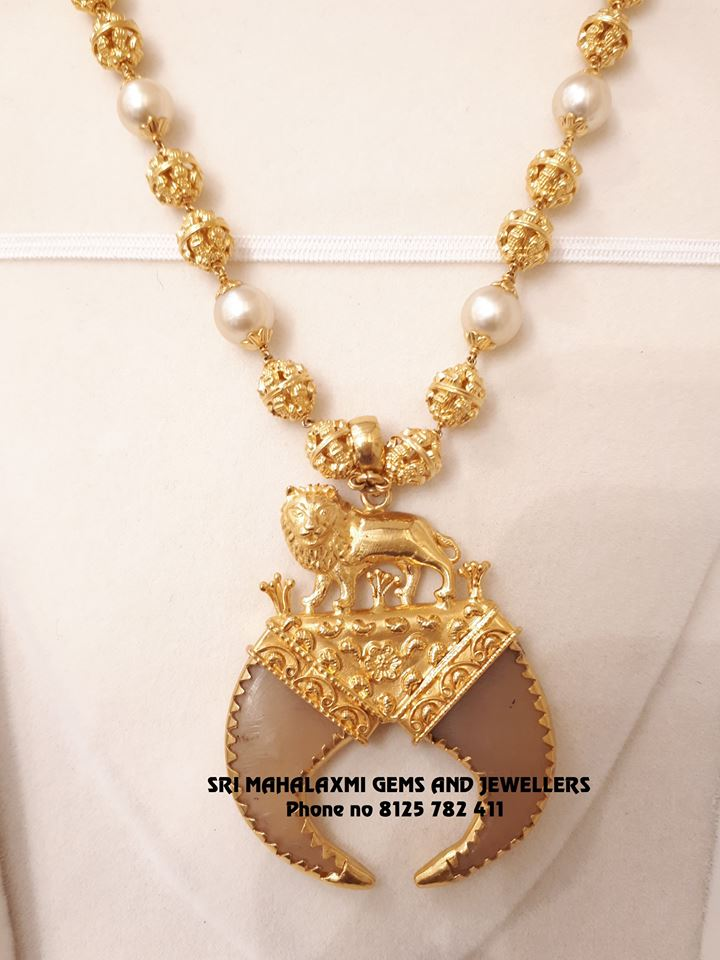 small gold necklace designs