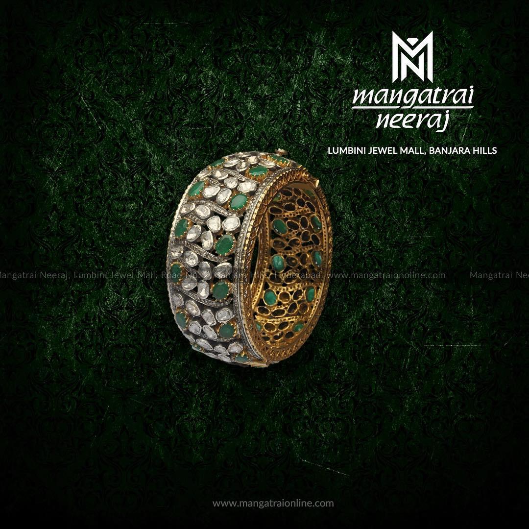 emerald jewellery sets
