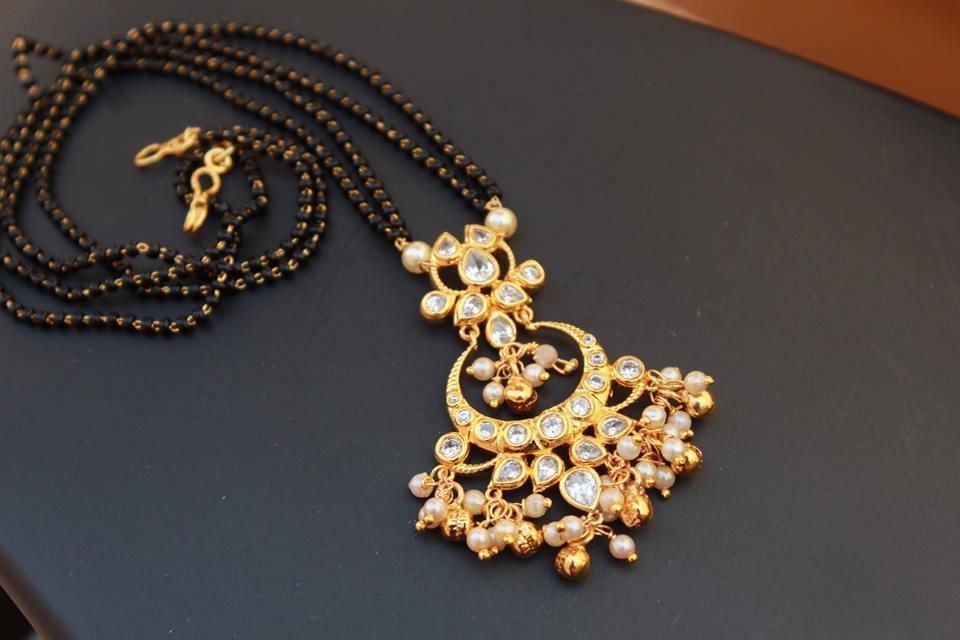 ad79616e6715c 18 Short & Simple Nallapusalu Models • South India Jewels
