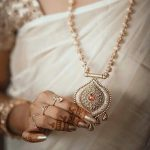 21 Gorgeous Gold Necklace Designs in 15 Grams