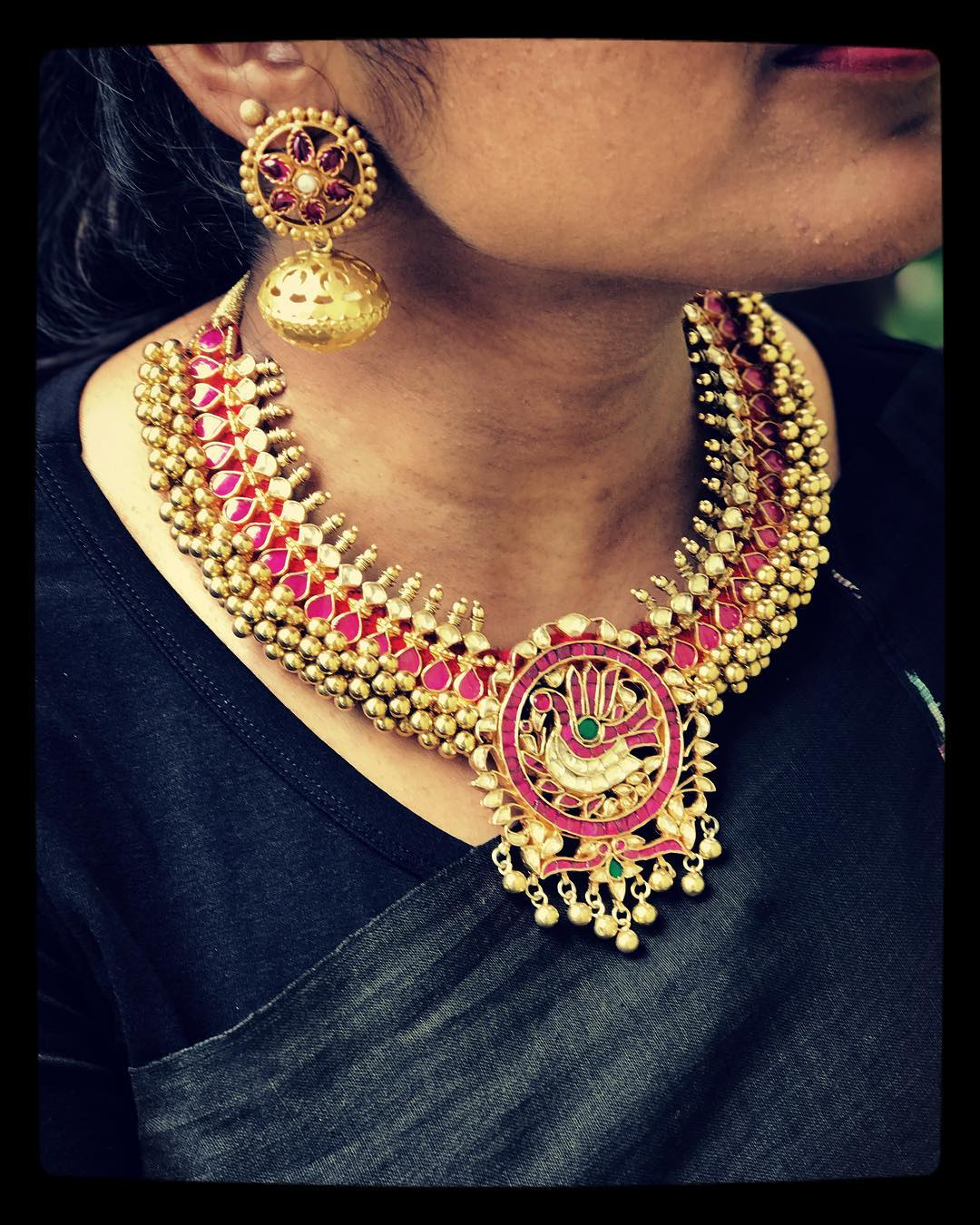 traditional choker necklace designs
