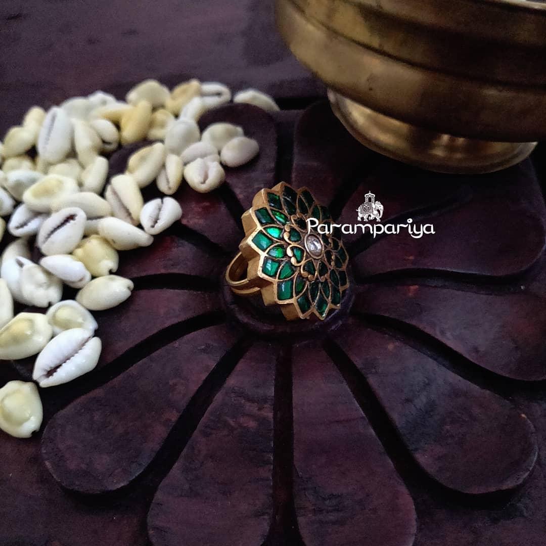 parampariya silver jewellery v