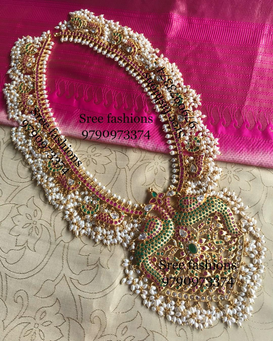 gold-plated-jewellery-designs-for-sarees (1)