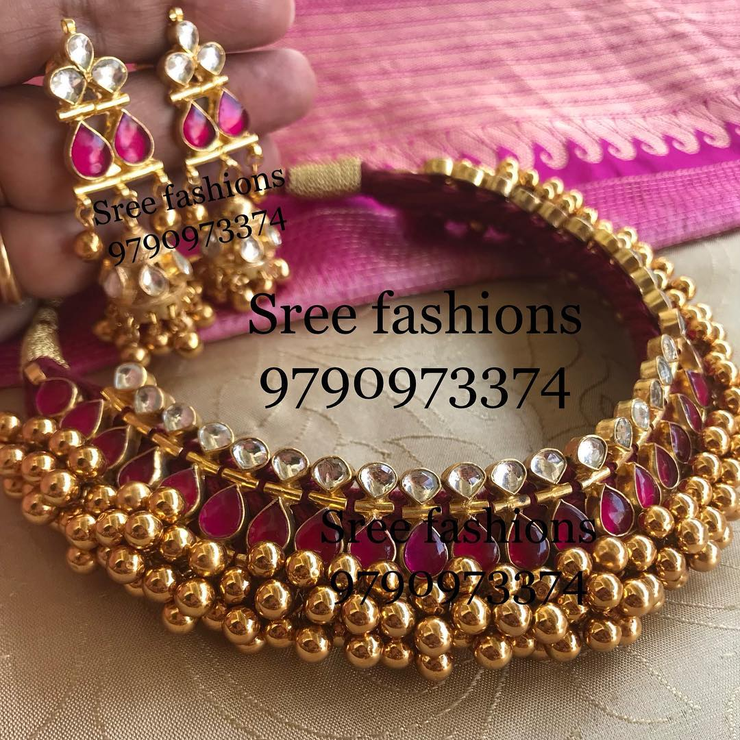 gold-plated-jewellery-designs-for-sarees (15)