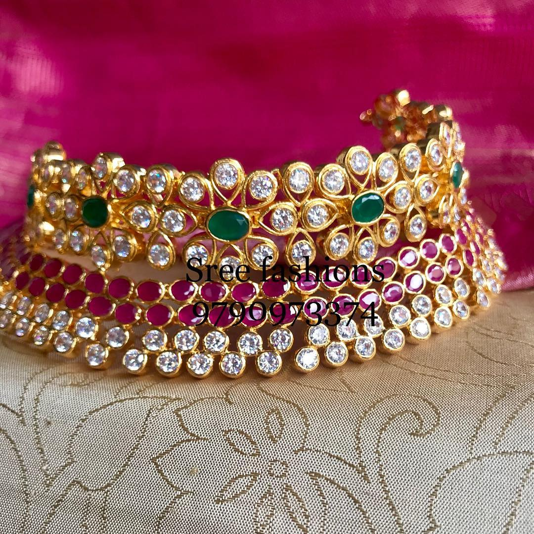 gold-plated-jewellery-designs-for-sarees (4)