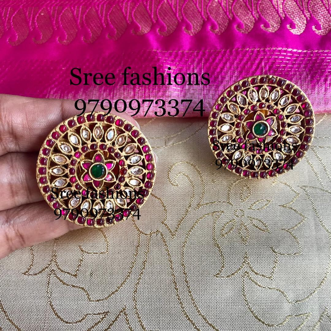 gold-plated-jewellery-designs-for-sarees (8)