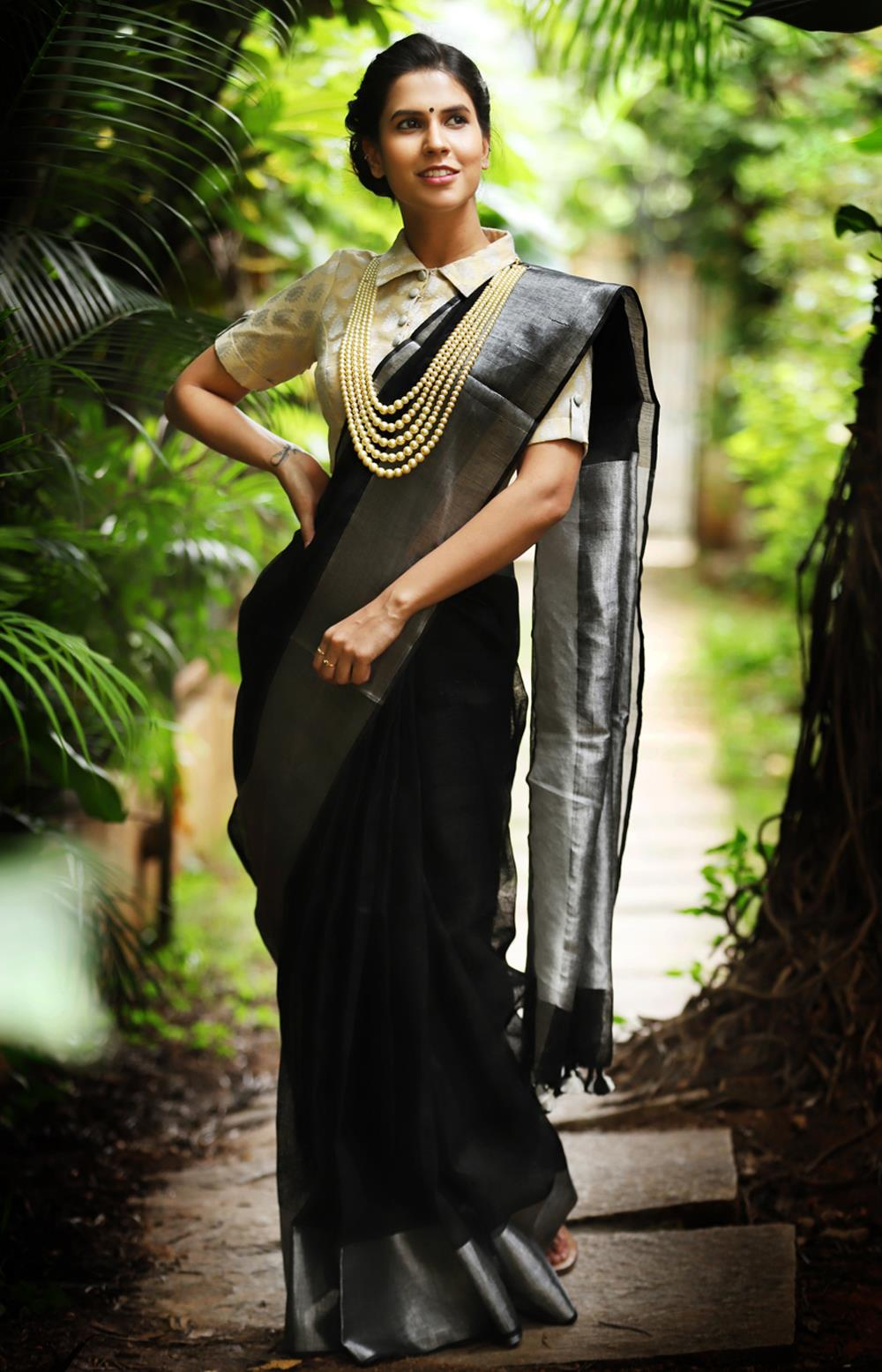 jewellery-to-wear-with-party-wear-sarees (3)