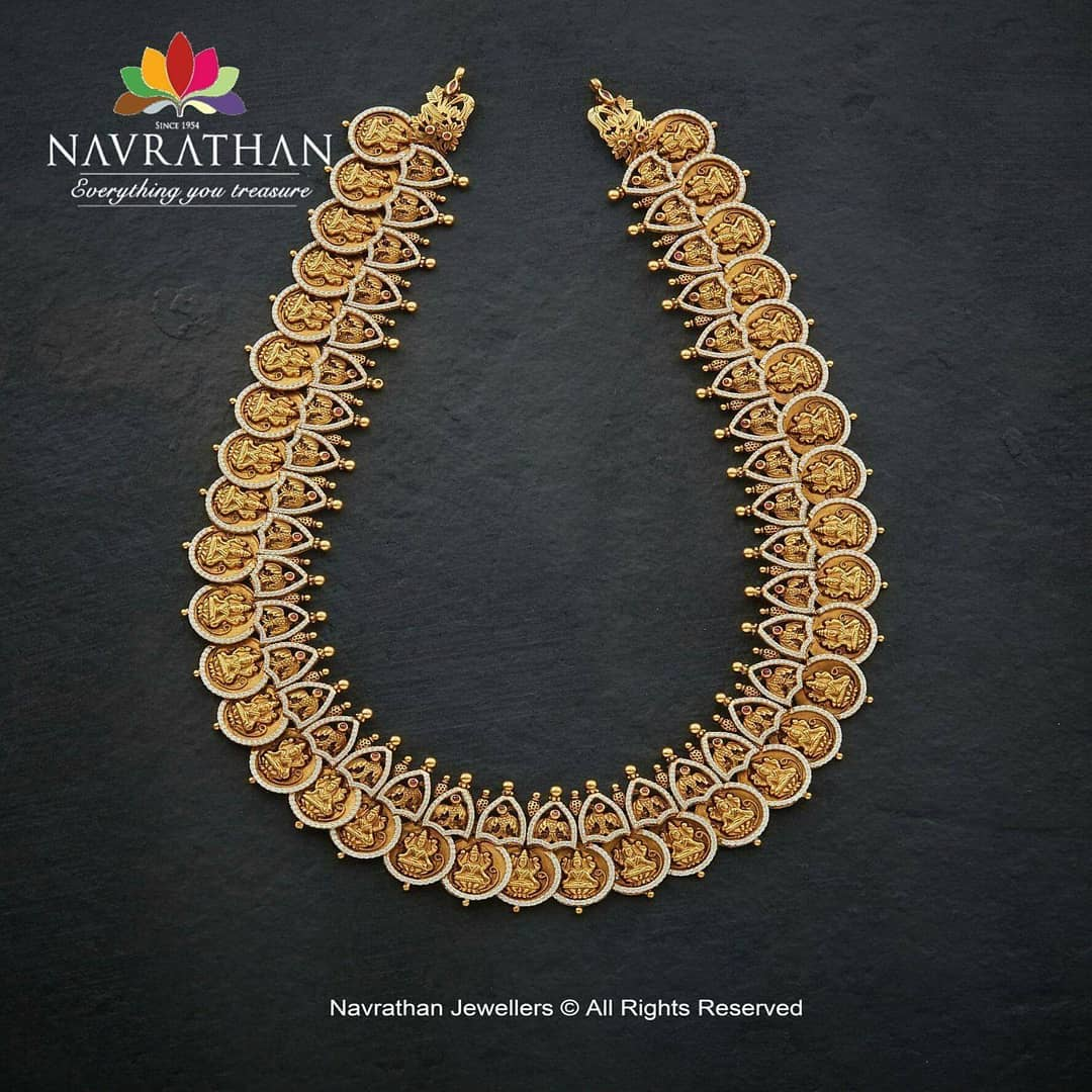gold-heritage-jewellery-collections-2019 (11)