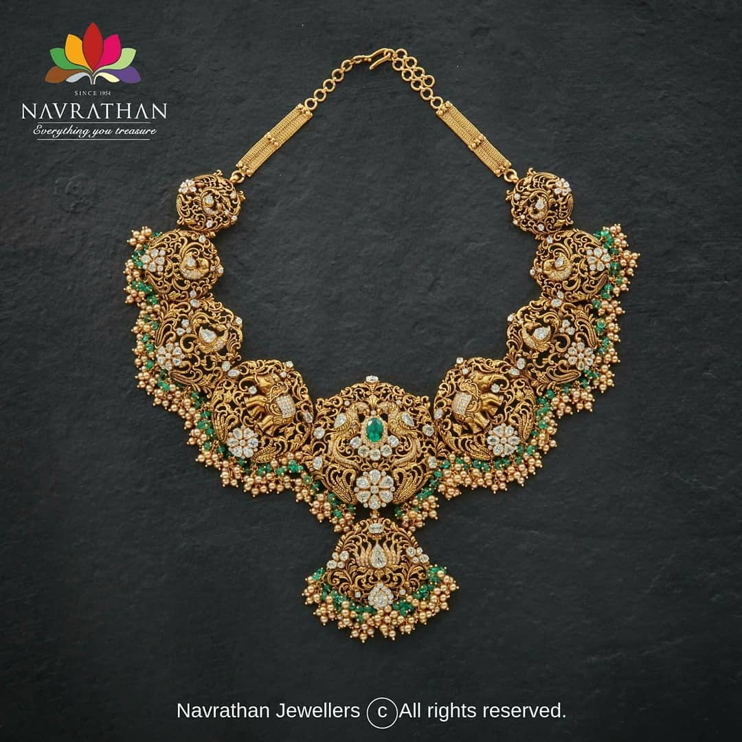 gold-heritage-jewellery-collections-2019 (13)