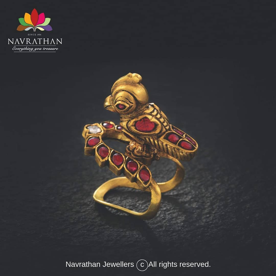 gold-heritage-jewellery-collections-2019 (15)
