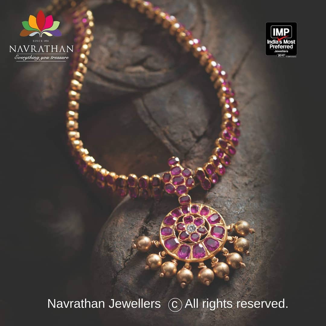 gold-heritage-jewellery-collections-2019 (6)