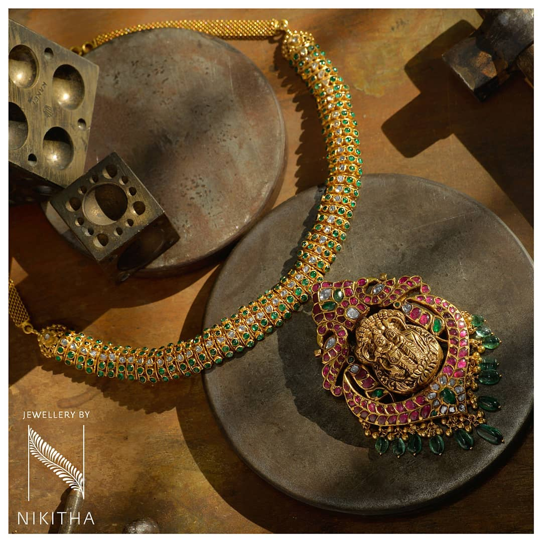 indian-designer-gold-jewellery (17)