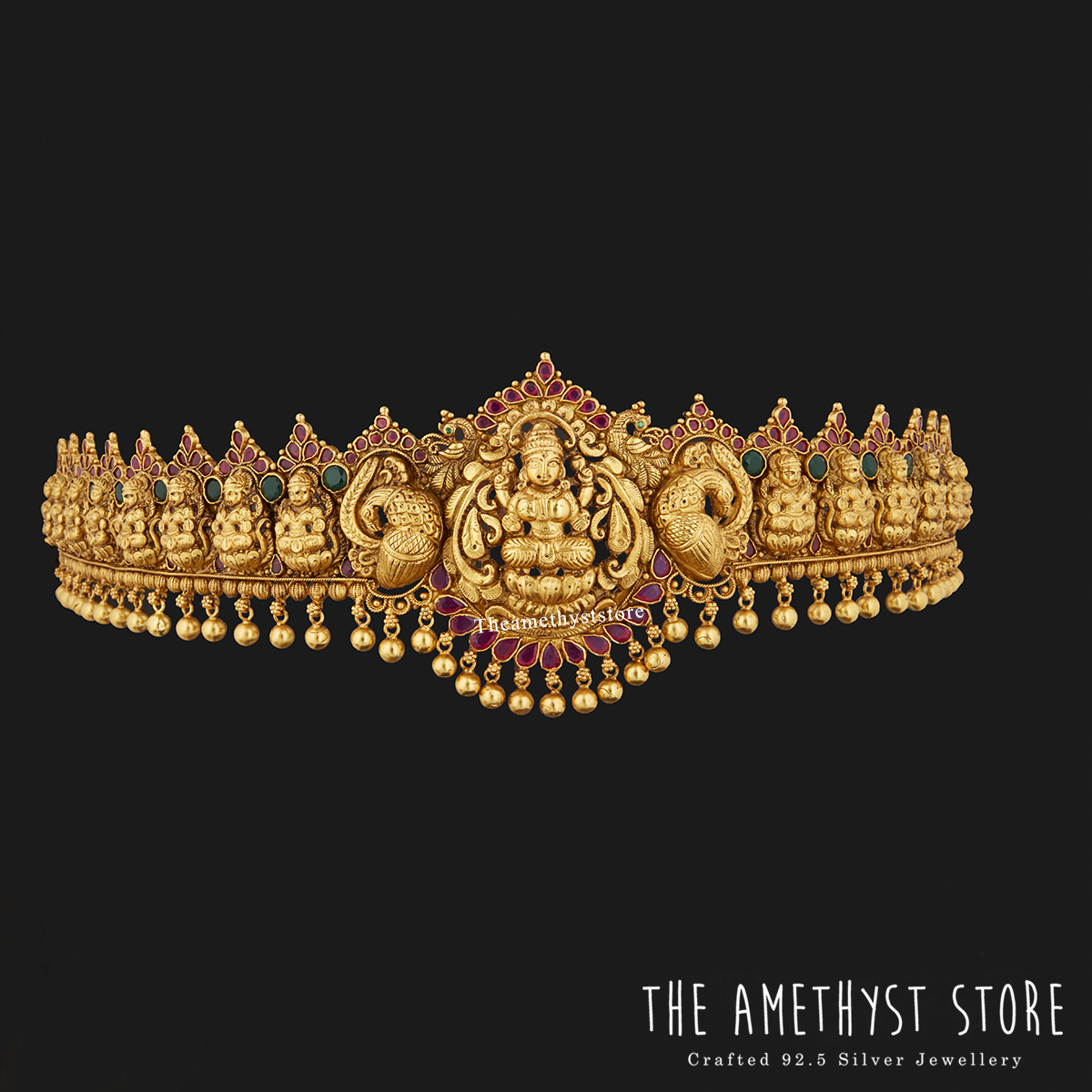 traditional-south-indian-bridal-jewellery-collections-online (9)