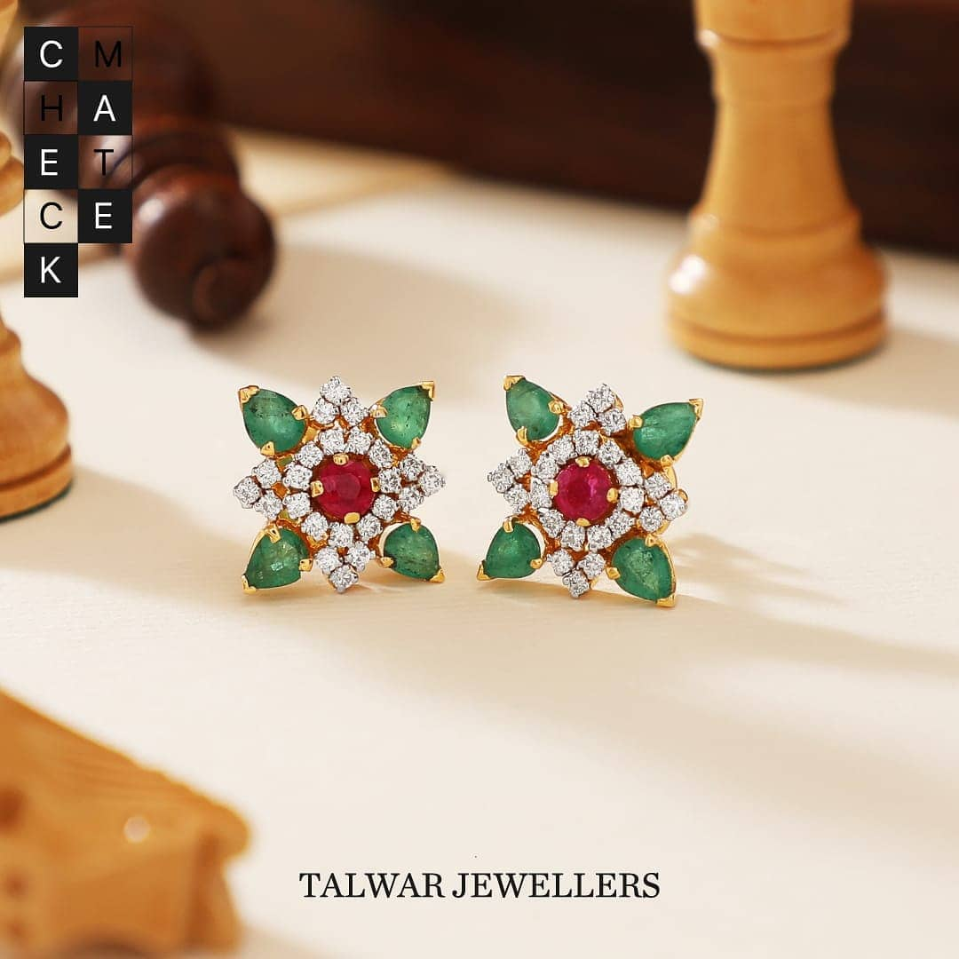 Diamond-ear-studs-designs-2019 (6)