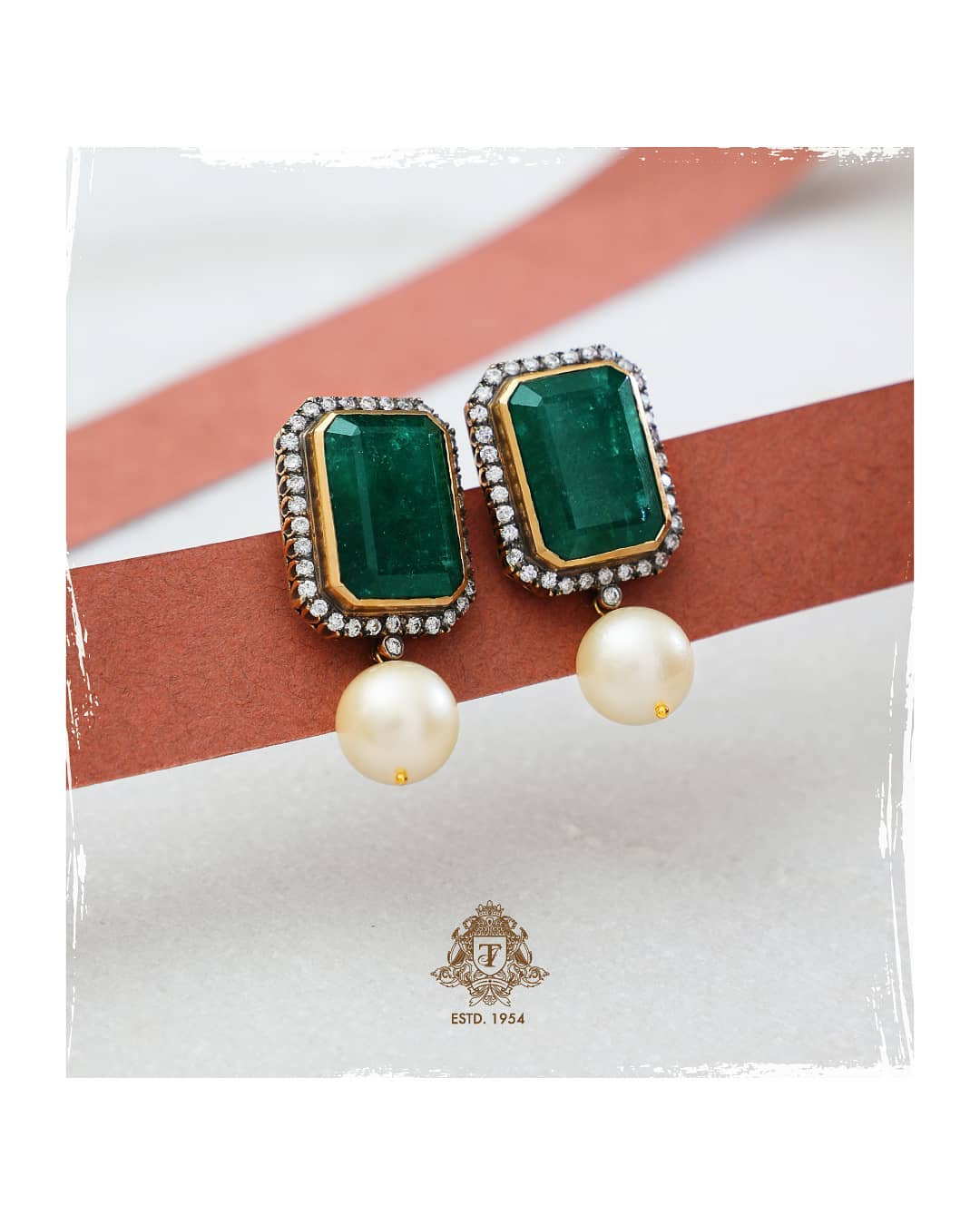 Diamond-ear-studs-designs-2019 (9)