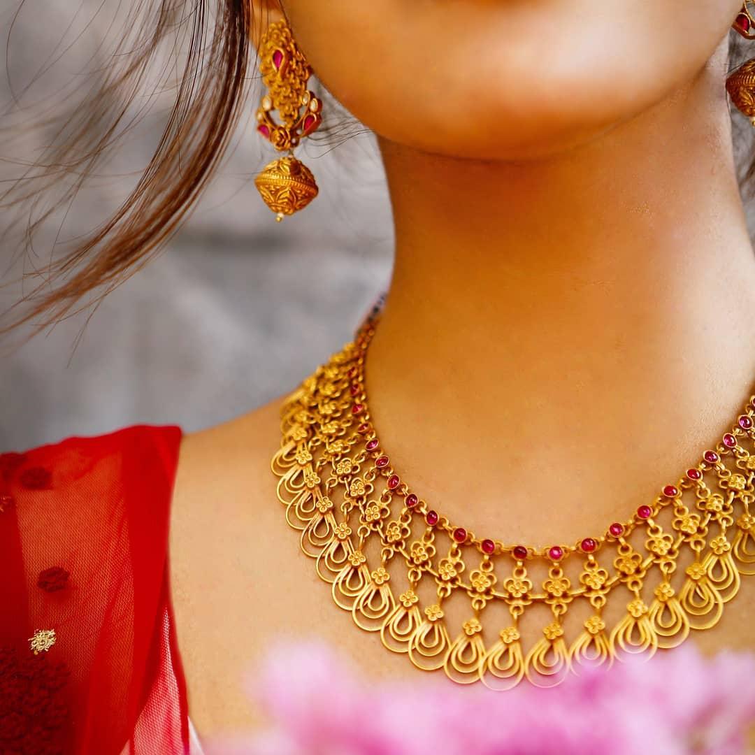 indian-designer-silver-jewellery-designs (9)