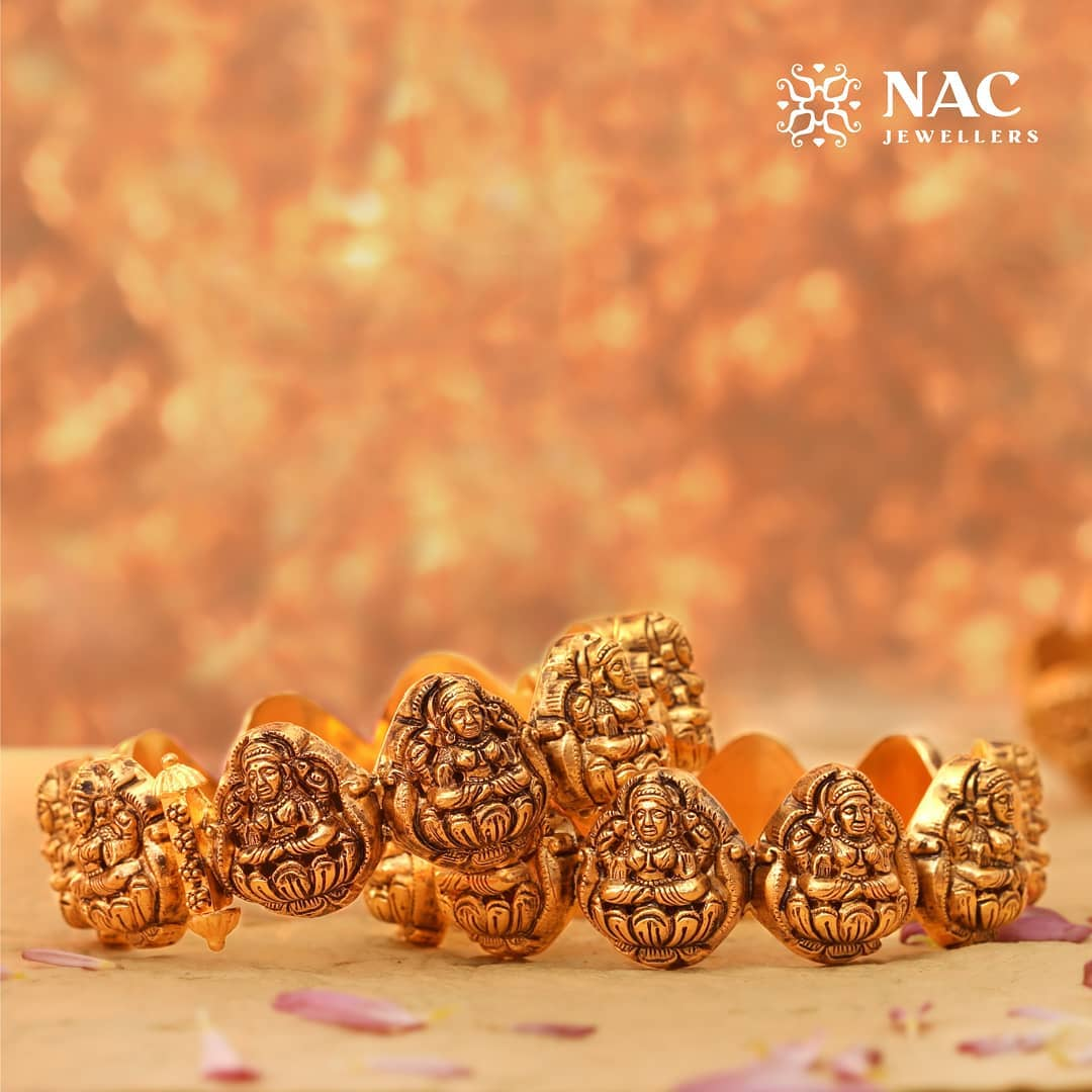 south-indian-gold-temple-jewellery-collections (11)