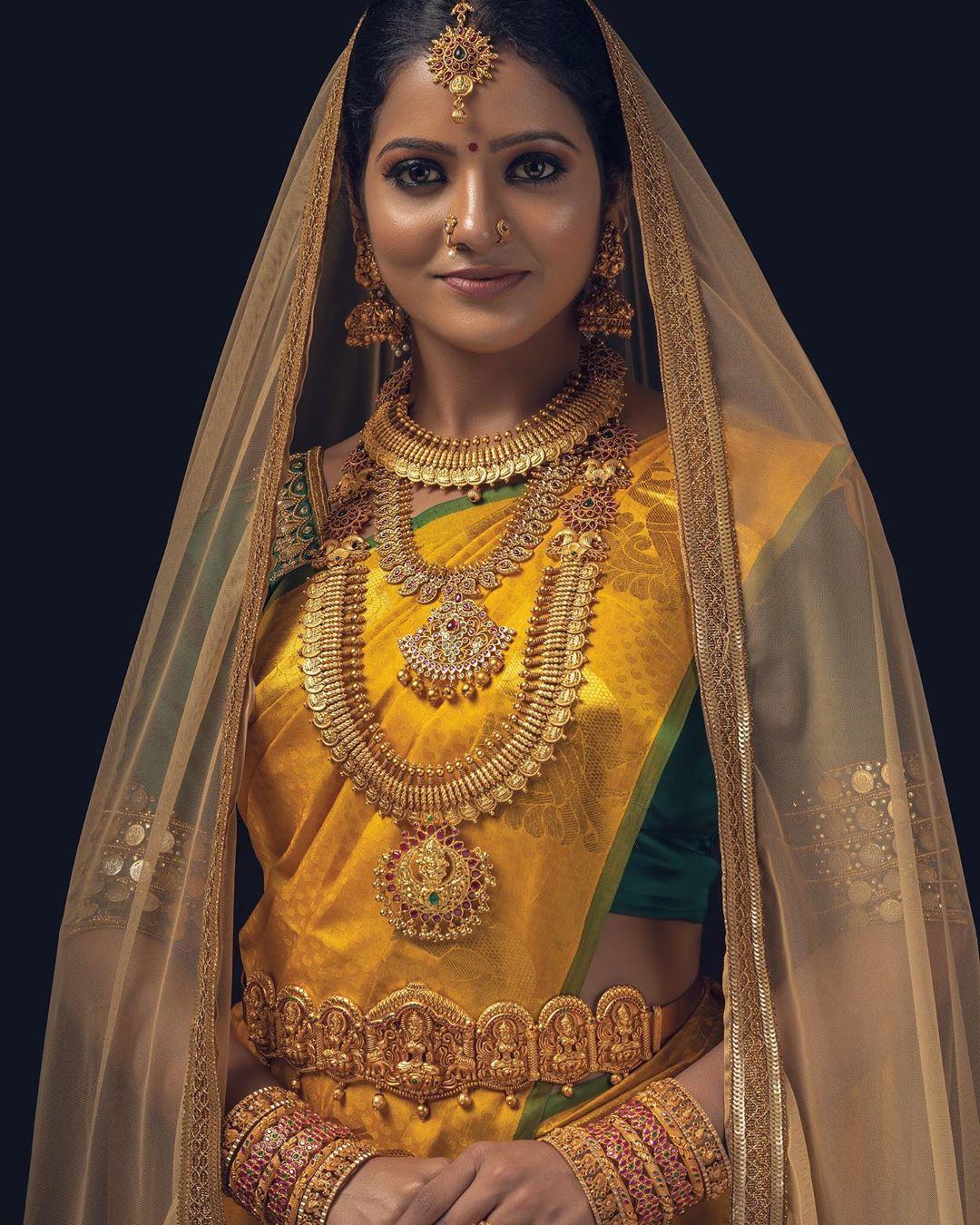 Artificial bridal jewellery sets(10)
