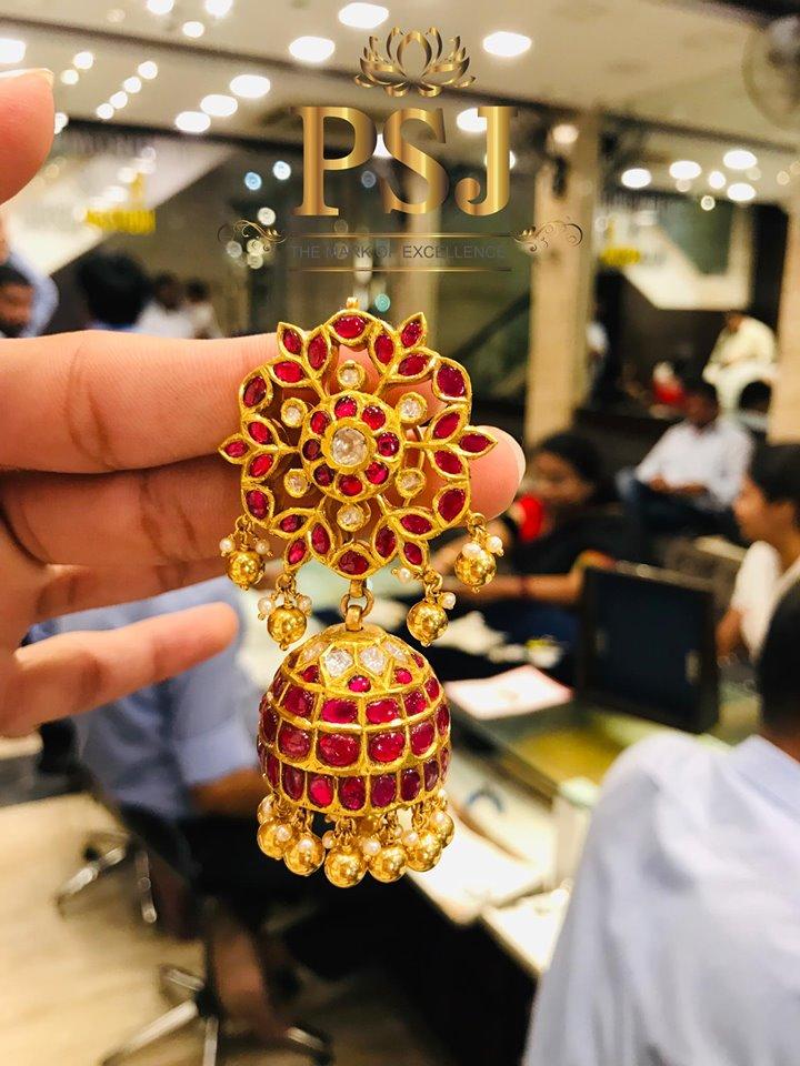 Traditional-Jhumka-Designs(14)