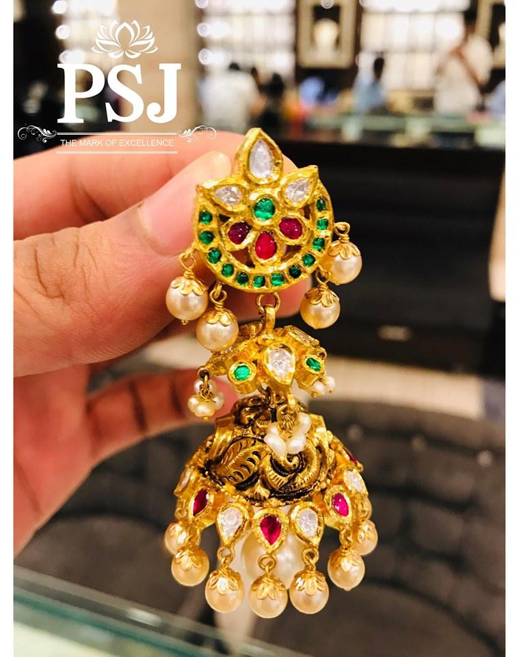 Traditional-Jhumka-Designs(3)
