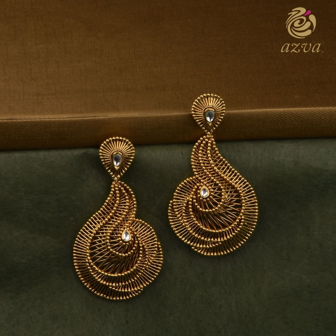 Gold-Desigenr-Earrings(1)