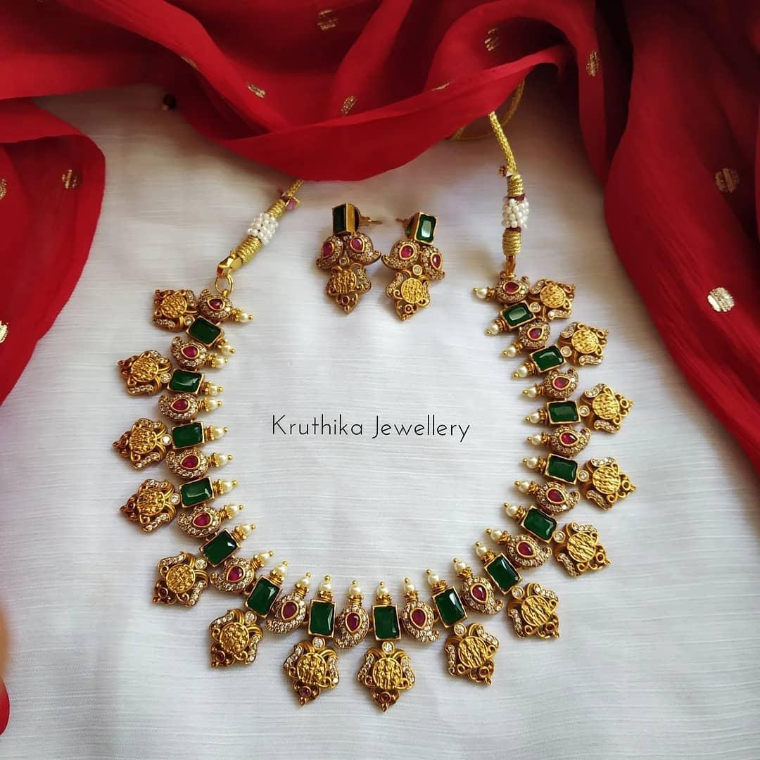 Ram-Parivar-Necklace-Designs(11)