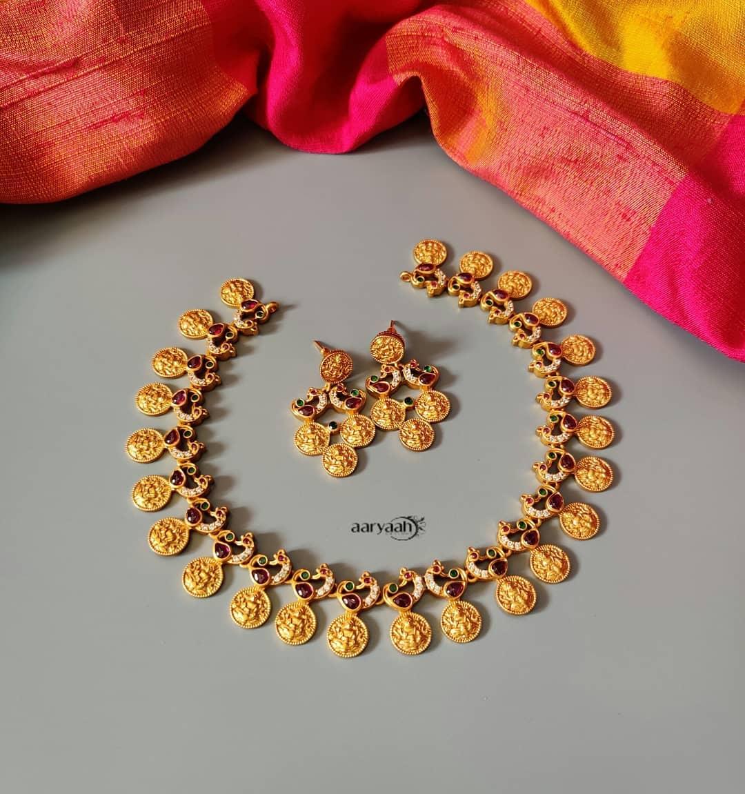 Ram-Parivar-Necklace-Designs(8)