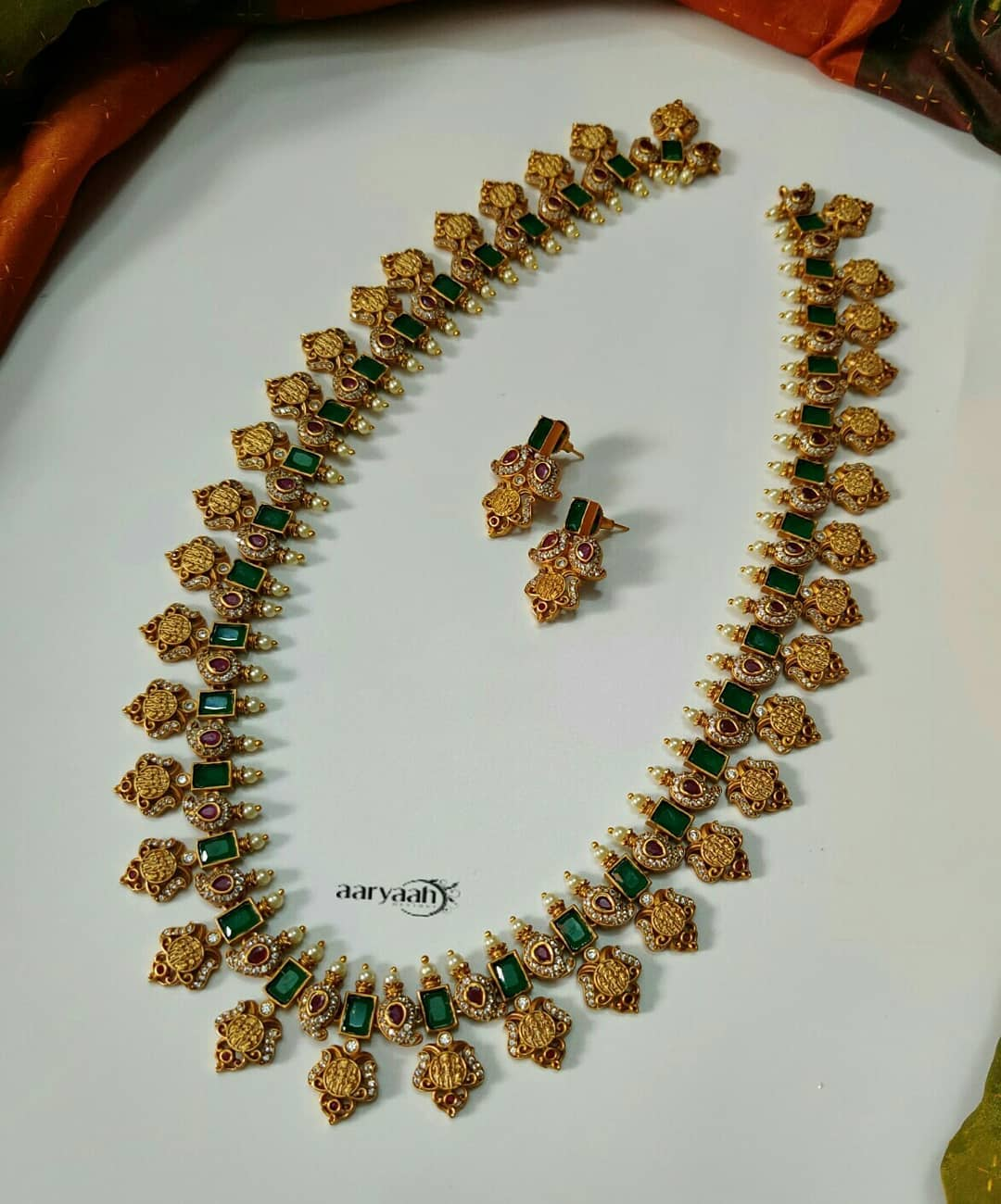 Ram-Parivar-Necklace-Designs(9)