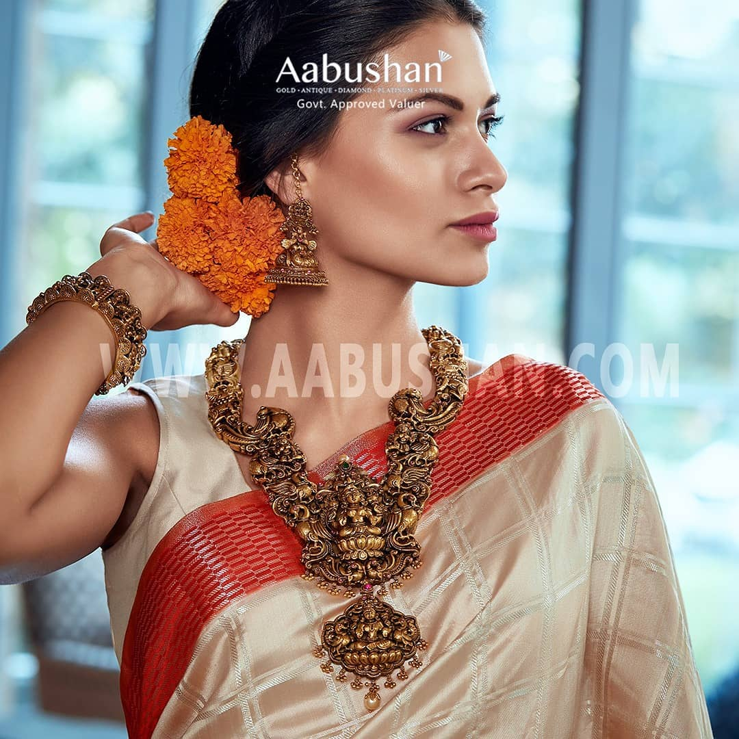 Bold-Bridal-Gold-Necklace(9)