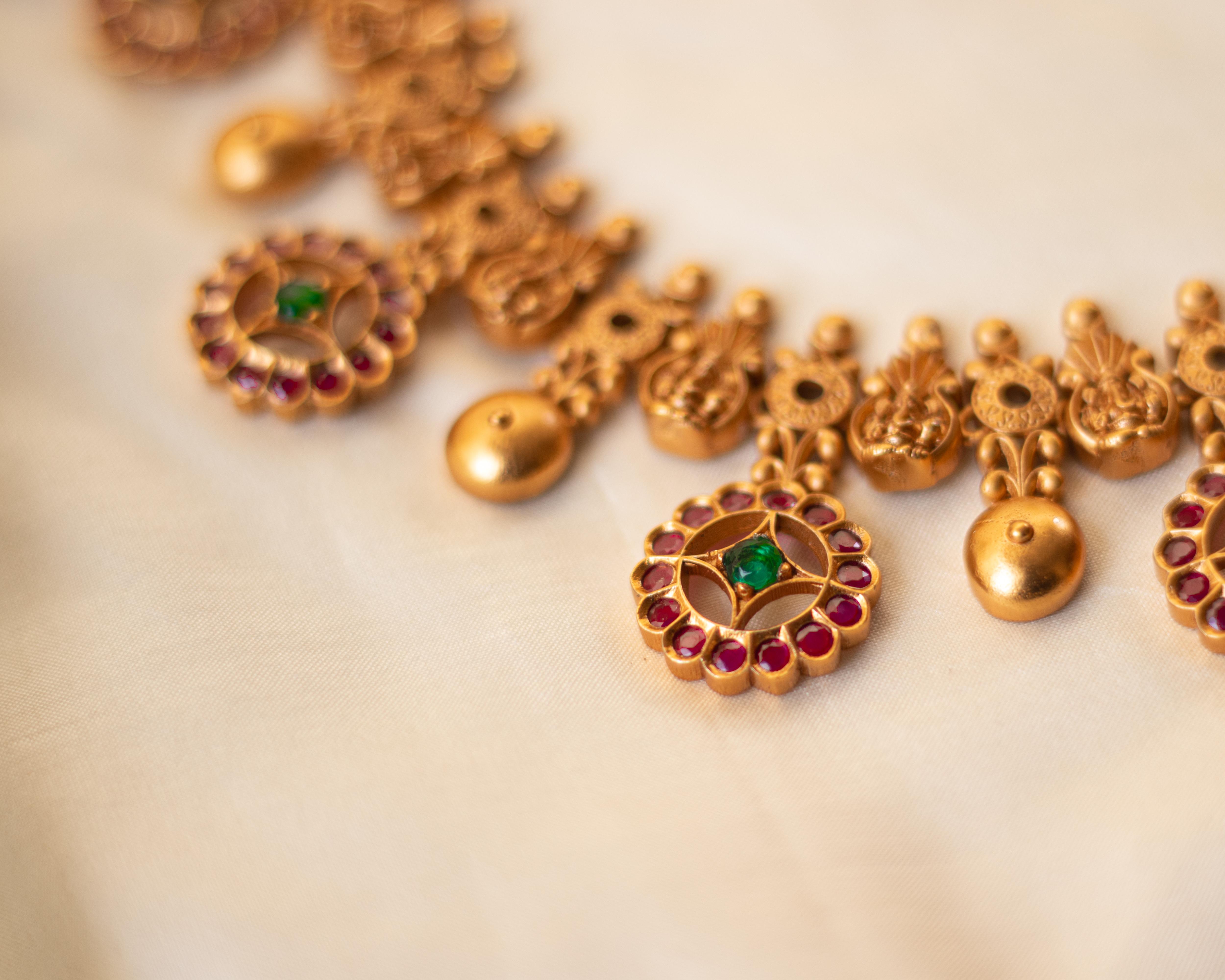 imitation-antique-jewellery-designs-20