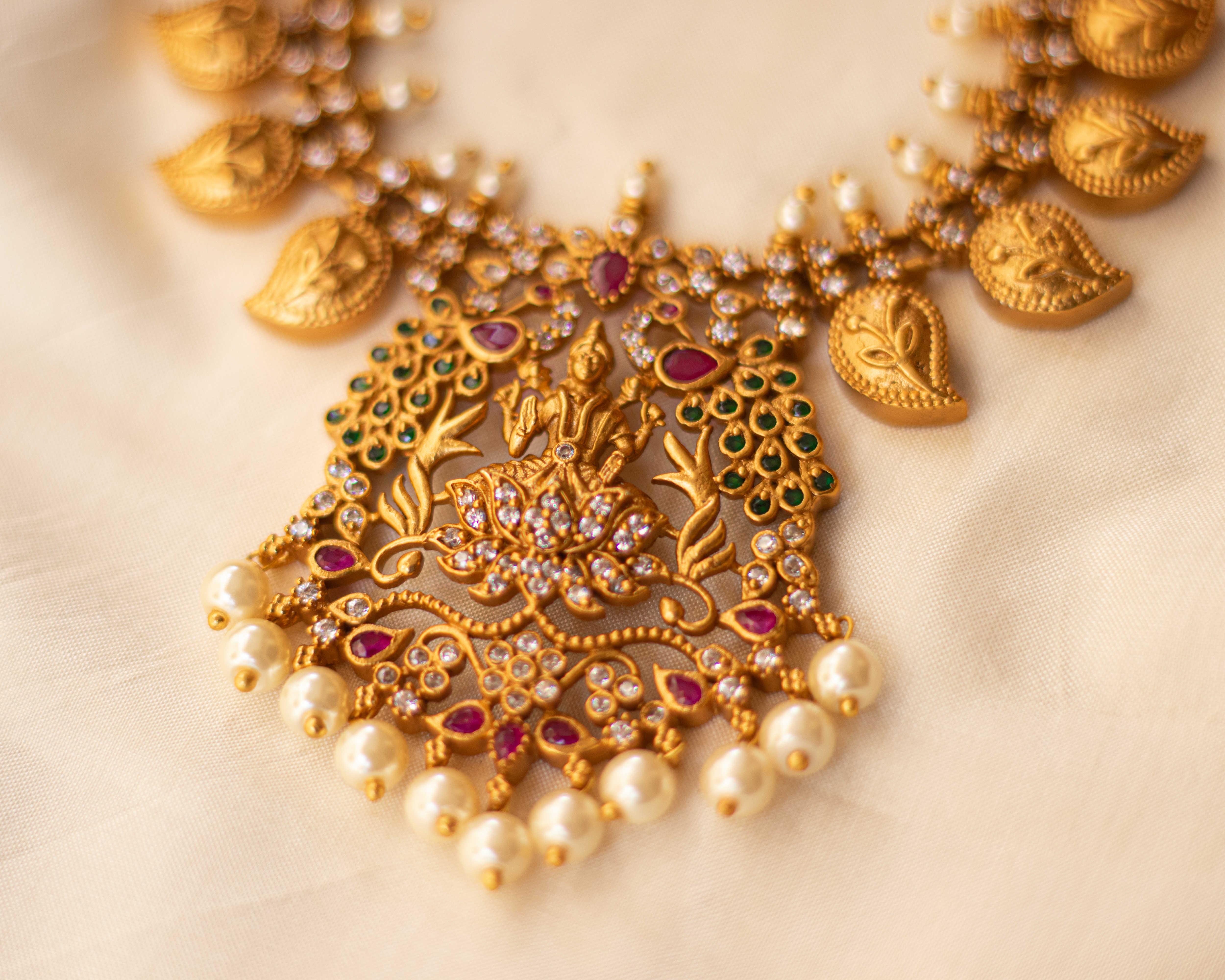 imitation-antique-jewellery-designs-4