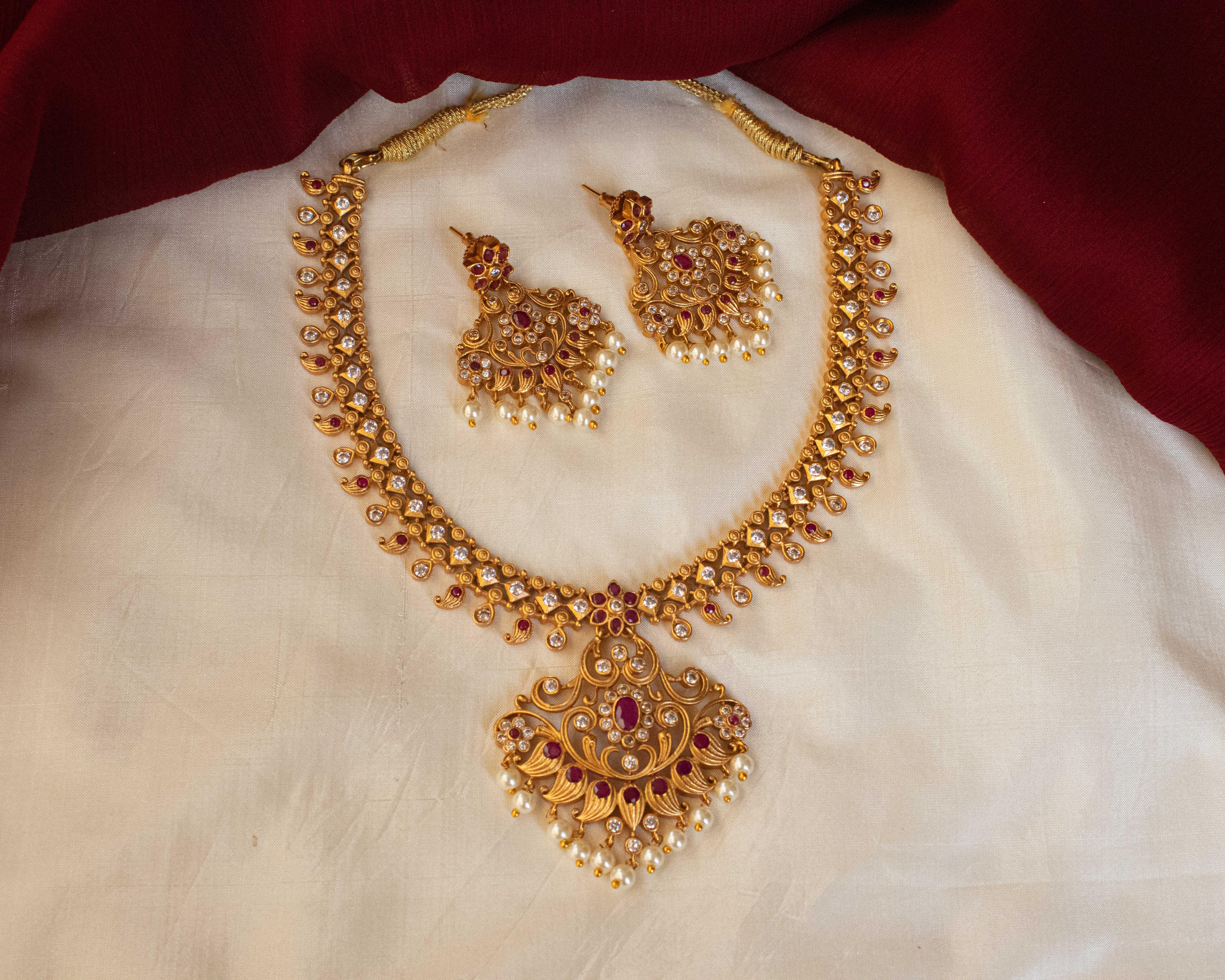 imitation-antique-jewellery-designs-7