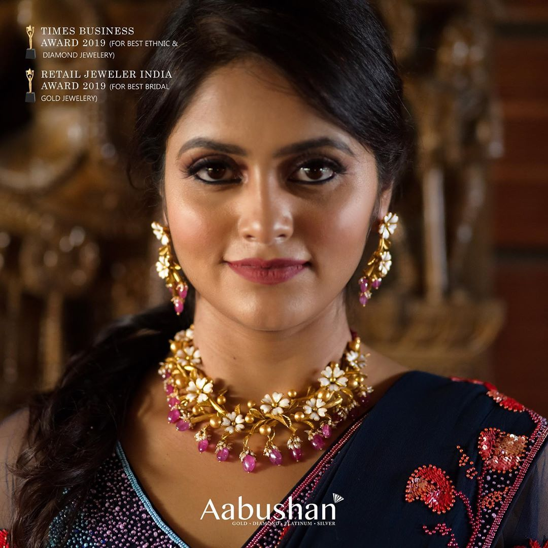 designer-gold-jewellery-8