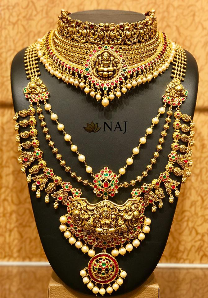 Gold Jewellery Sets For Marriage