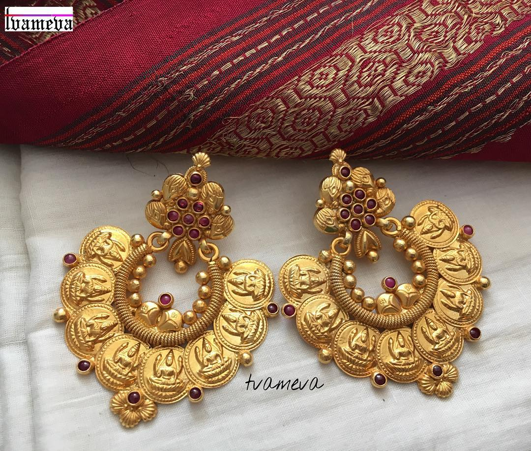 antique earrings designs