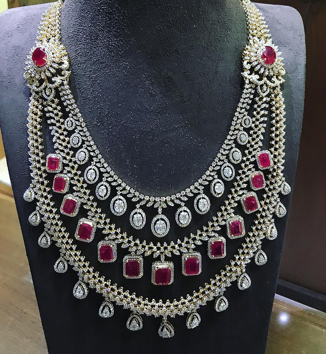 heavy diamond necklace set designs