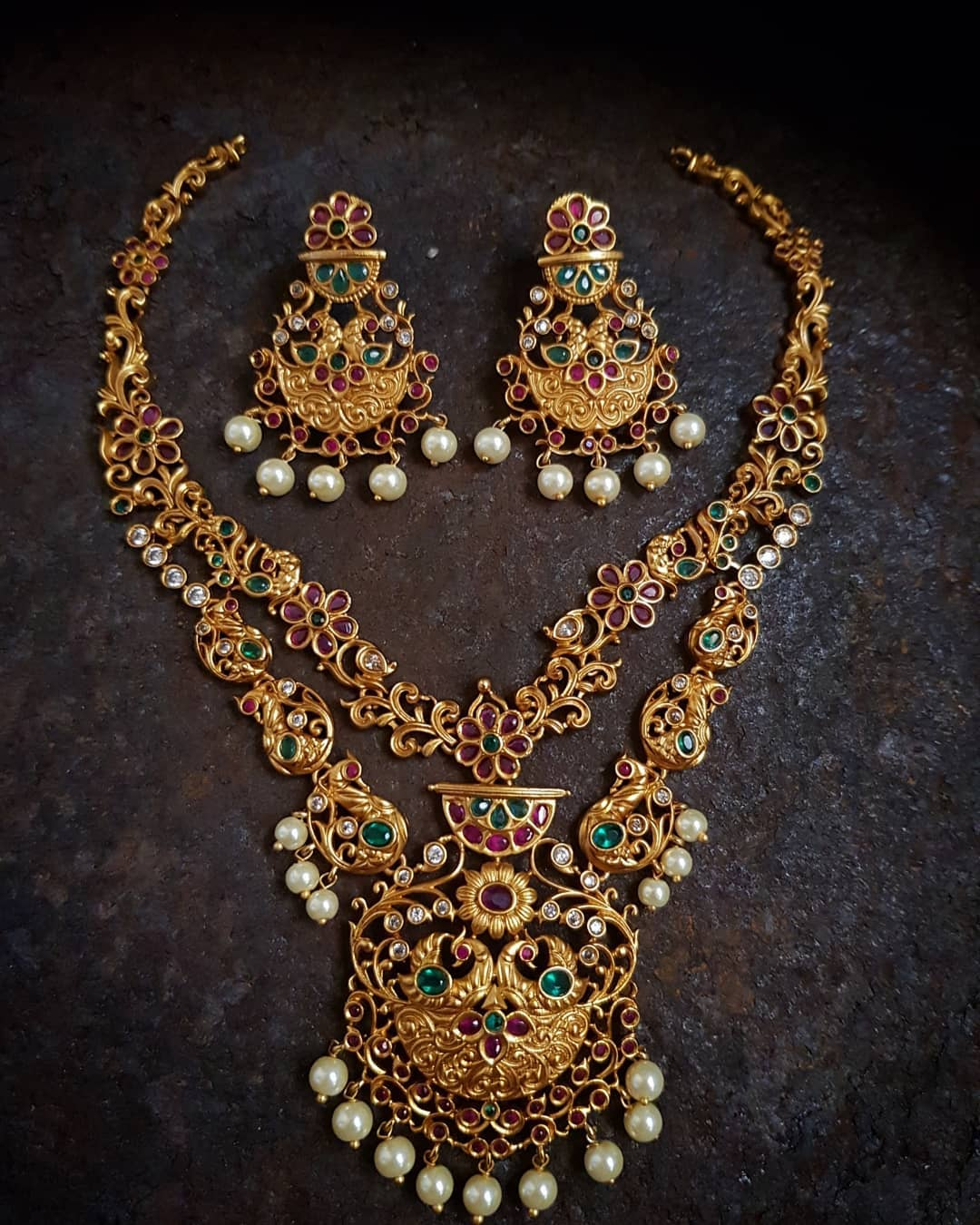 Jewellery set designs