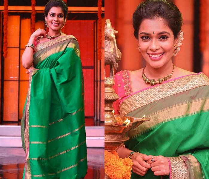 kemp necklace with silk sarees