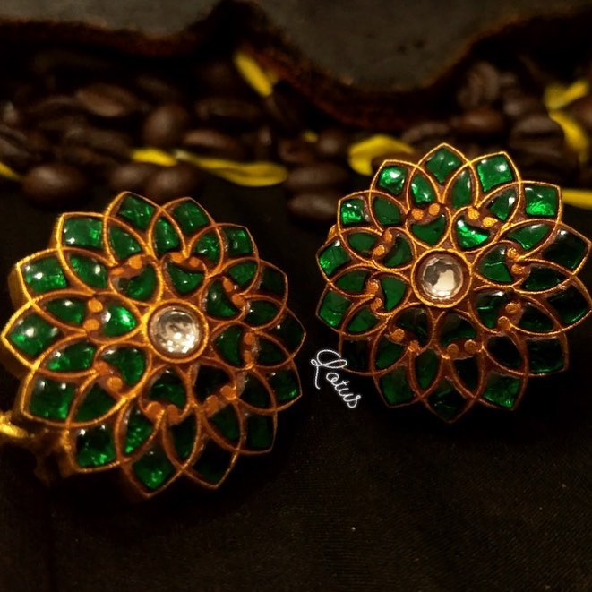 bold-antique-ear-studs-2019 (1)