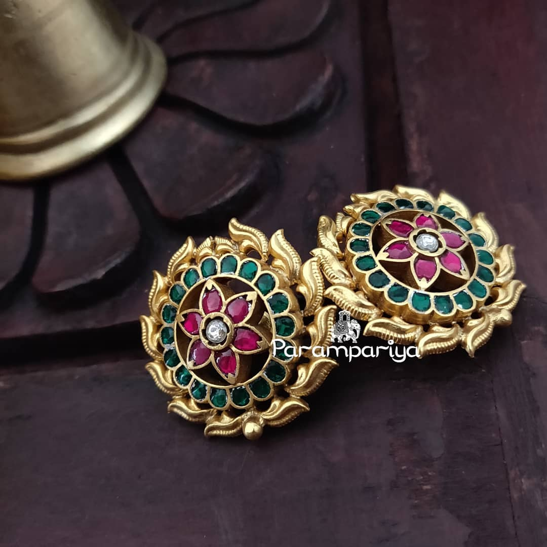 bold-antique-ear-studs-2019 (7)