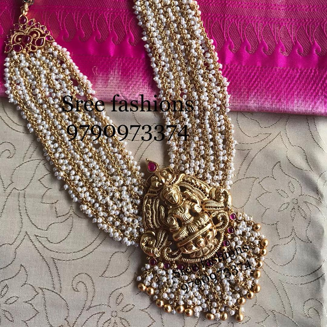 gold-plated-jewellery-designs-for-sarees (10)