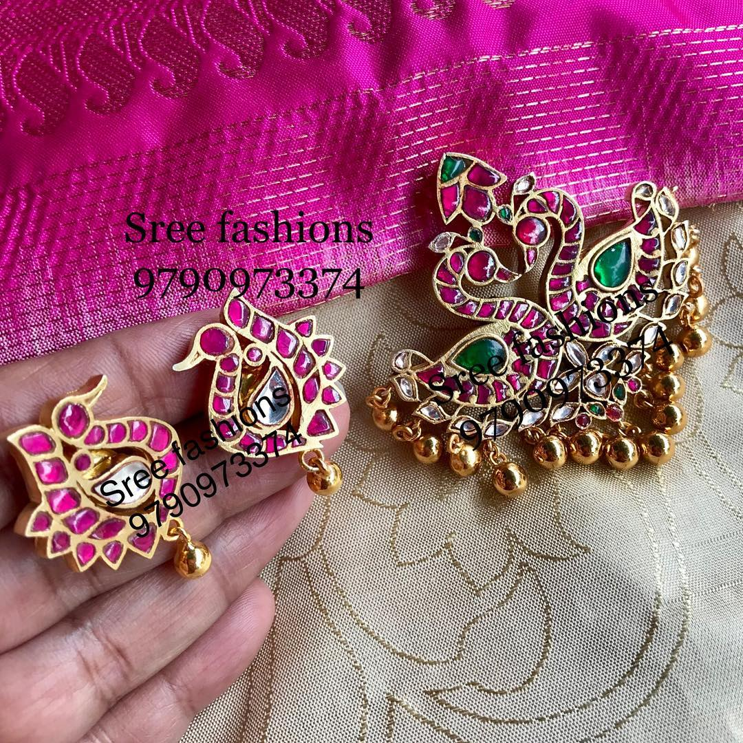 gold-plated-jewellery-designs-for-sarees (5)