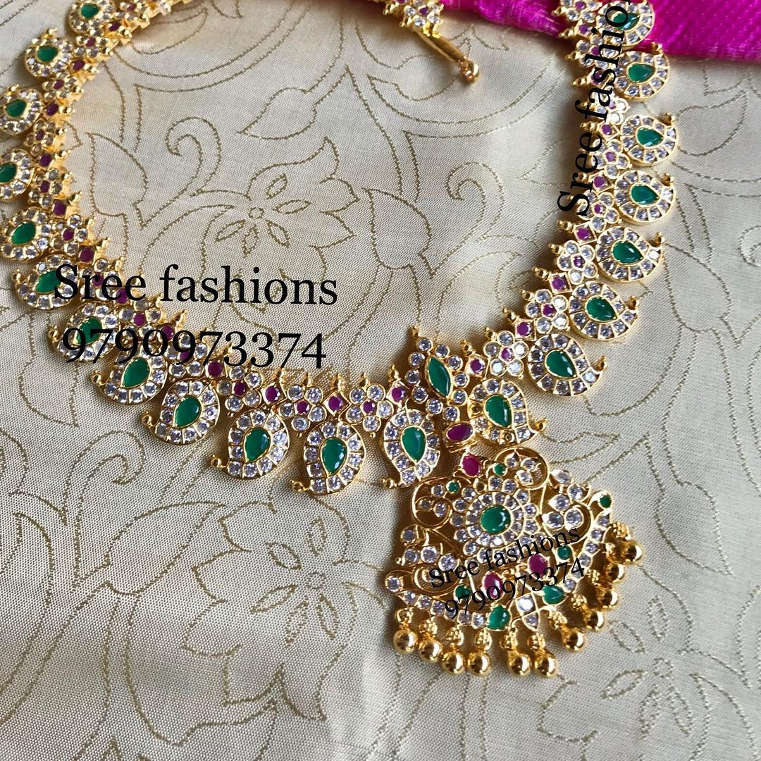 gold-plated-jewellery-designs-for-sarees (6)