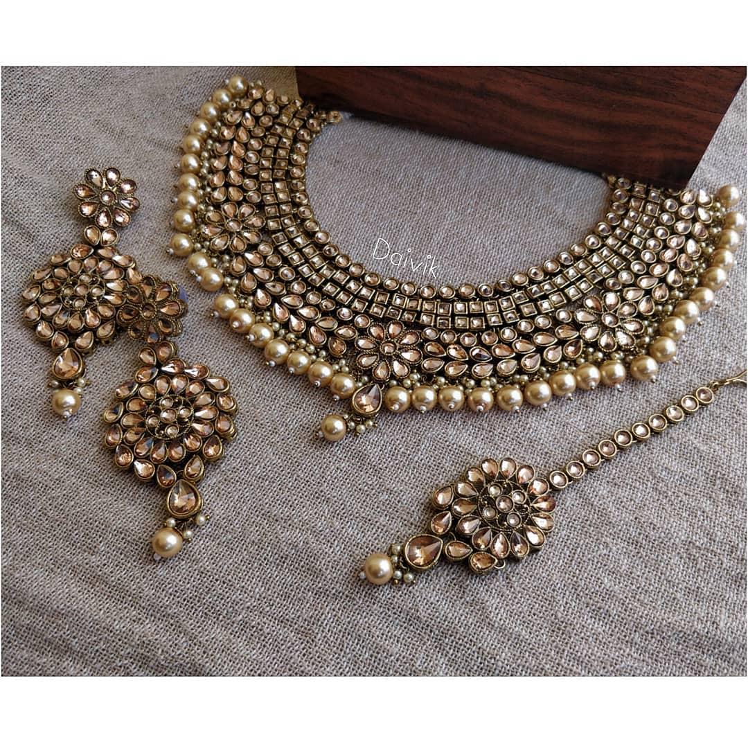 stone-necklace-designs (4)