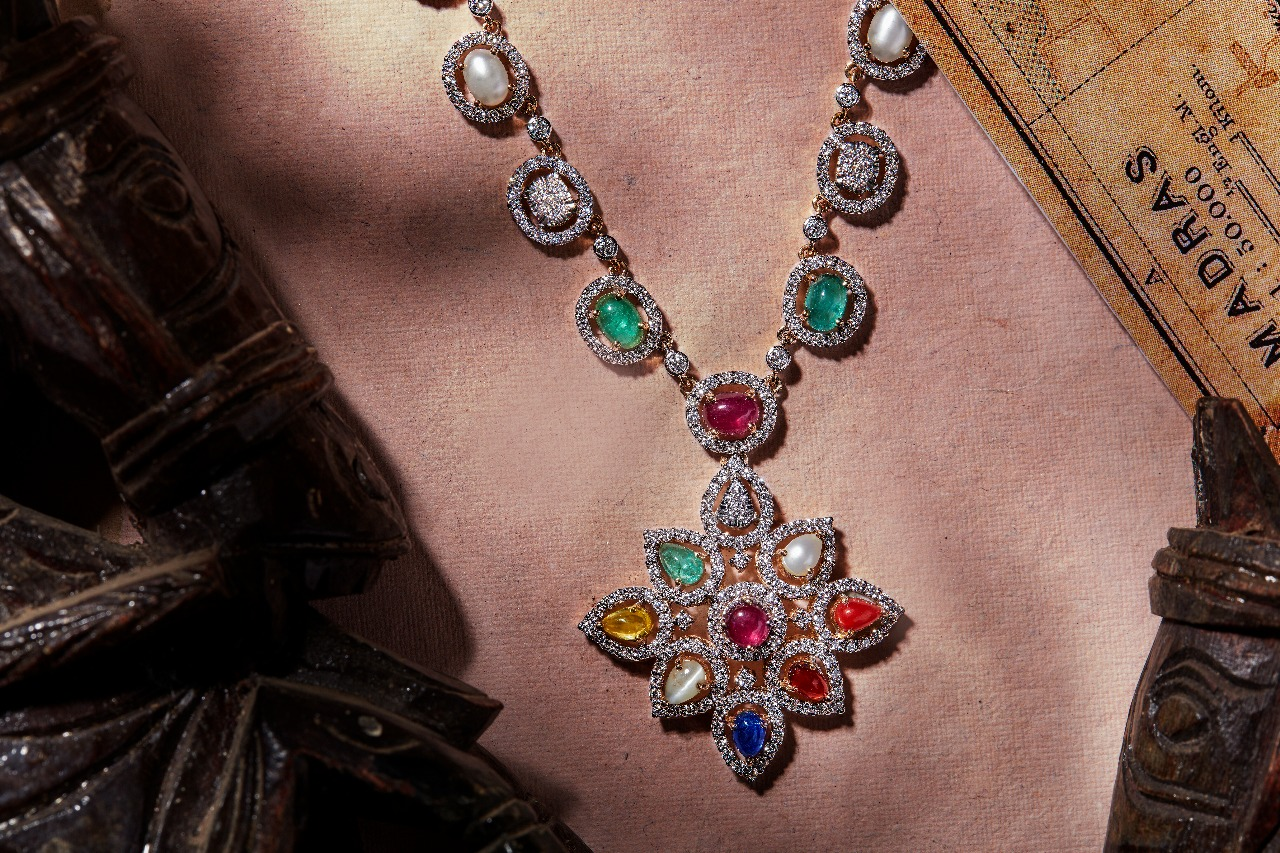 diamond-necklace-designs-2019 (2)