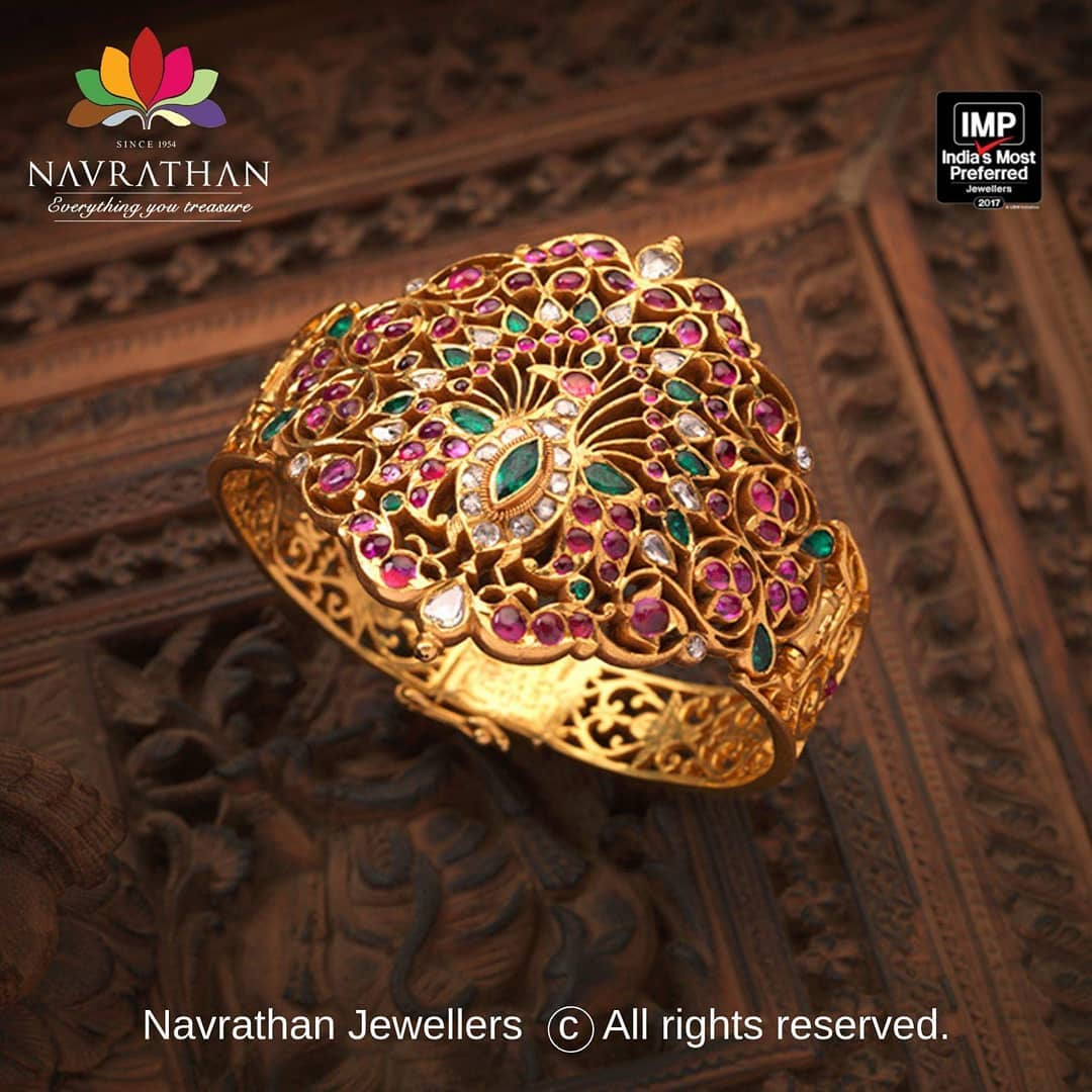 gold-heritage-jewellery-collections-2019 (1)