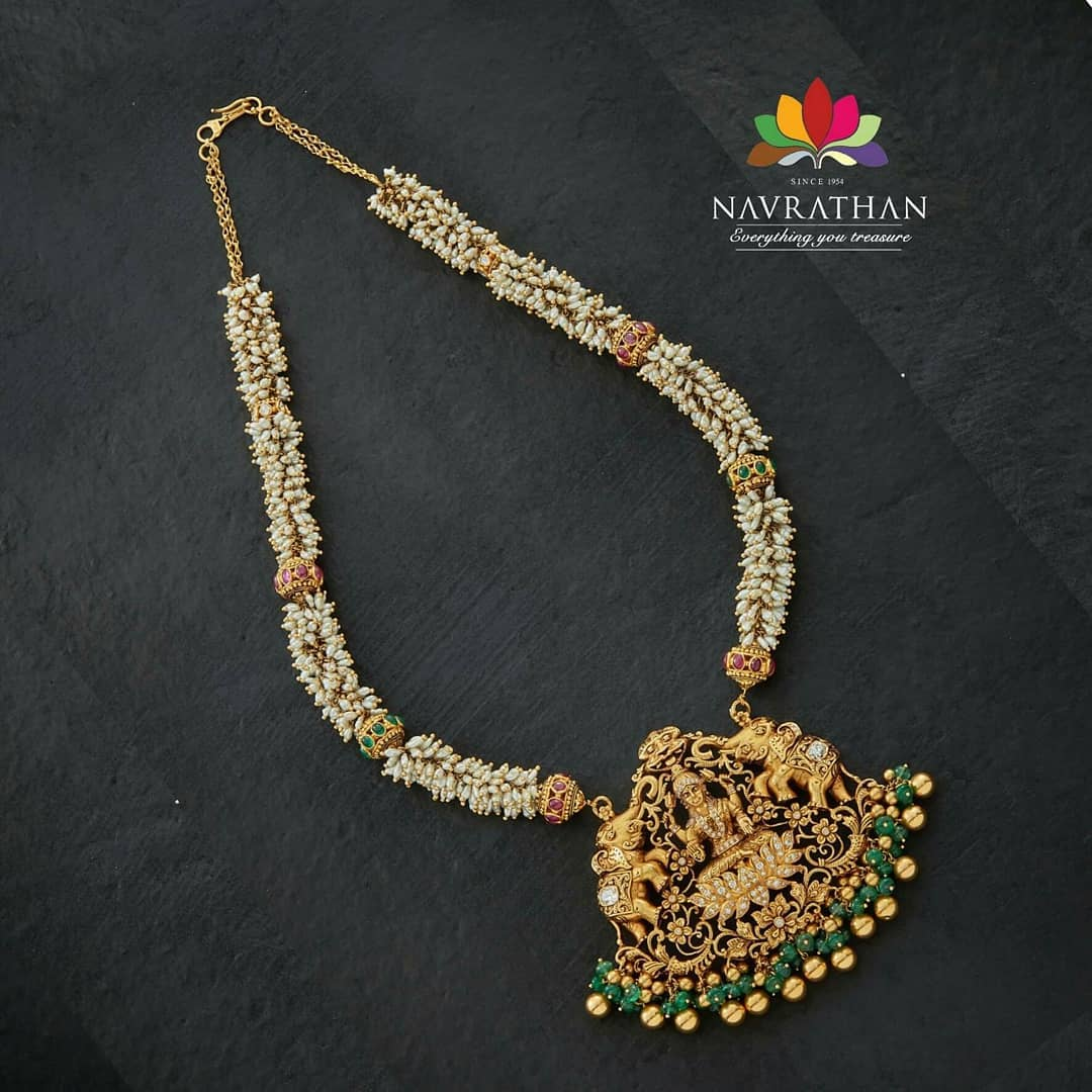 gold-heritage-jewellery-collections-2019 (10)