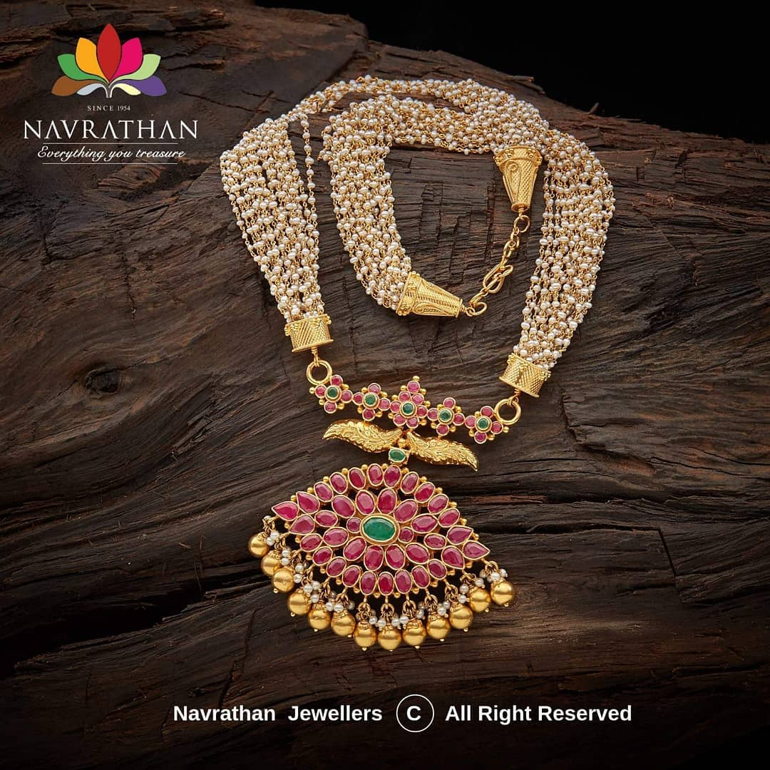 gold-heritage-jewellery-collections-2019 (16)