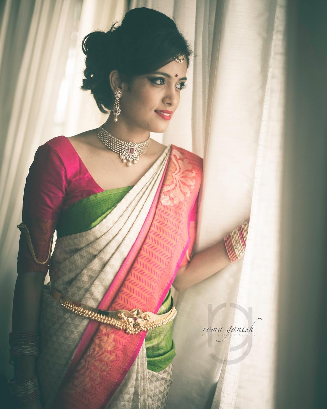minimal-less-indian-bridal-jewellery-designs-ideas (7)